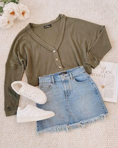 Basic Fashion Tips .Basic Fashion Tips Cute Comfy Outfits, Cute Summer Outfits, Girly Outfits, Pretty Outfits, Stylish Outfits, Fall Outfits, Outfit Winter, Cute Highschool Outfits, Girls Fashion Clothes