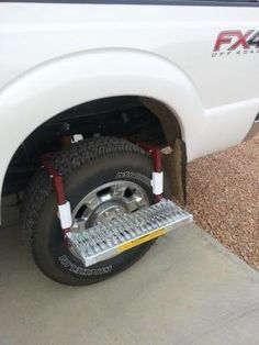 Adjustable truck step wraps over tire, providing a nonslip step for loading roof racks and servicing trucks, SUVs and semis. Metal Projects, Welding Projects, Projects To Try, Car Tools, Homemade Tools, Garage Shop, Garage Workshop, Car Shop, Truck Accessories