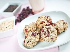 Czech Recipes with Cranberries (Recepty s brusinkami) Cranberry Cookies, Cranberry Recipes, Czech Recipes, Baking, Breakfast, Food, Bread Making, Morning Coffee, Blueberry Cookies