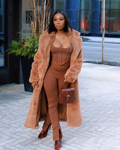 Nude Outfits, Boujee Outfits, Classy Outfits, Stylish Outfits, Winter Fashion Outfits, Autumn Fashion, Brown Outfit, Black Women Fashion, Fashion Killa