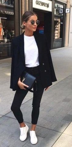 20 casual black and white outfits - Nora K. - 20 casual black and white outfits – Casual # # Black and white outfits - Casual Party Outfits Men, Black Casual Outfits, Black And White Outfit, Business Casual Outfits, Casual Guy, Dinner Outfits, Classy Casual, Casual Dressy, White White