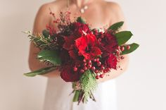 When choosing wedding flowers, brides and grooms have more choices now than ever, especially since many flower varieties can be flown in fro...