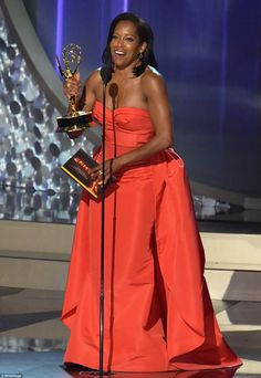 A dream in tangerine: Regina King looked fantastic as she accepted…