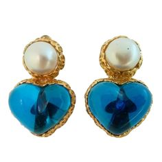 Vintage Signed Chanel 28 Gripoix Glass Heart Earrings
