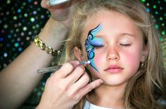 Face Painting Ideas For Kids Easy Christmas Tattoo Face Painting Supplies, Face Painting Tutorials, Face Painting Designs, Frozen Face Paint, Easter Face Paint, Face Painting For Boys, Christmas Tattoo, Face Paint Makeup, Fantasy Makeup