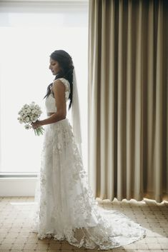 Beautiful Gowns, Beautiful Bride, Flower Patterns, Brides, Wedding Day, Wedding Dresses, Lace, How To Wear, Collection