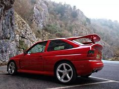 spoiler of legenda Ford Rs, Car Ford, Ford Sierra, Reliable Cars, Automobile, Ford Classic Cars, Classic Motors, Ford Escort, Top Cars