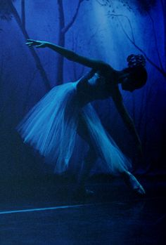 *BLUE ~ dance