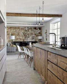 120 Modern Rustic Farmhouse Kitchen Decor Ideas – Home Design Rustic Kitchen Design, Farmhouse Kitchen Decor, Home Decor Kitchen, New Kitchen, Kitchen Interior, Home Kitchens, Rustic Farmhouse, Farmhouse Style, Kitchen Wood
