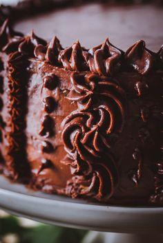 Pätkis-vadelmatäytekakku – Viimeistä murua myöten Pie, Candy, Baking, Sweet, Desserts, Food, Ideas, Torte, Tailgate Desserts
