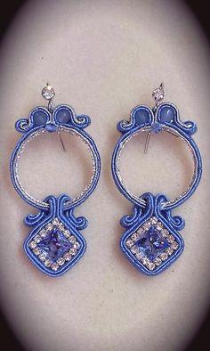 Soutache earrings Macrame Jewelry, Wire Jewelry, Jewelery, Soutache Earrings, Clay Earrings, Shibori, Ring Necklace, Beaded Embroidery, Earrings Handmade