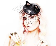 Audrey Kitching Cat Fascinator #howto #tutorial #Halloween