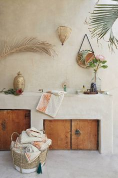 Bathrom, decor, pops of color, towel basket, plants,