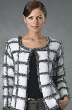 Hand knit jacket Chanel style Made to order – Tığ işleri Hand knit jacket Chanel style Made to order – Crochet # Affairs Crochet Jacket, Crochet Cardigan, Knit Jacket, Chanel Fashion, Diy Fashion, Ideias Fashion, Fashion Check, Tunic Pattern, Jacket Pattern
