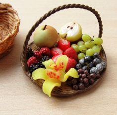Dollhouse Miniature Fruit Basket
