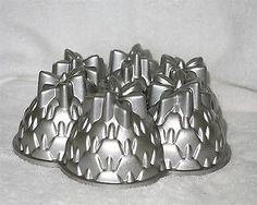 Nordic Ware Aloha Pineapple Bundt Cake Pan ~ Abundant Cast Aluminum