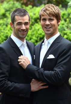 Male wedding in Germany. (TV Show: Verbotene Liebe) Love Me Do, Same Love, Man In Love, First Love, Love Couple, Couples In Love, Gay Couple, Adorable Couples, Wedding Poses