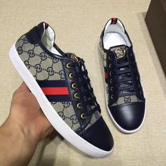 Gucci man shoes leather sneakers