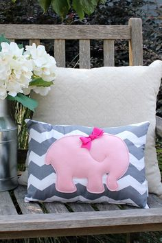 Pink Elephant Pillow Grey Chevron Ready to Ship por AMartinsNest