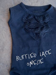 ruffled onesie diy,