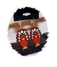 Thanksgiving Day Turkey beaded earrings by SKLstyles on Etsy Pony Bead Patterns, Bead Embroidery Patterns, Beaded Embroidery, Beading Patterns, Craft Patterns, Seed Bead Projects, Beading Projects, Bead Jewellery, Seed Bead Jewelry