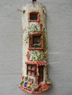 Ortolano - Tegole antiche decorate e dipinte a mano http://www.coppobuonricordo.it/2014/09/lortolano.html