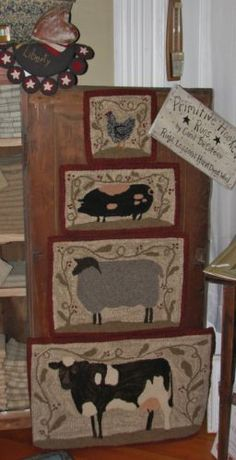 PRIMITIVE-HOOKED-RUG-PATTERN-ON-MONKS-034-FARM-FRIENDS-SERIES-SHEEP-034
