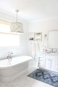 Bright and clean bathroom with a Caitlin Wilson rug