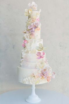 All The Beautiful Details You Need For A Modern, Floral-Filled Intimate Wedding Pretty Wedding Cakes, Unique Wedding Cakes, Wedding Vendors, Wedding Events, Cake Truffles, Wedding Cake Inspiration, Gorgeous Cakes, Sugar Flowers, Simply Beautiful