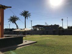 El Hotel 3 Estrellas Hotelco Inn ofrece alojamiento en Mexicali Baja California y cuenta con WiFi gratuita y restaurante. El establecimiento alberga un restaurante proporciona aparcamiento privado gratuito. Las habitaciones disponen de aire acondicionado, TV de pantalla plana con canales por cable y baño privado.