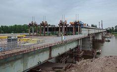 Operação de Substituição de uma Secção do Tabuleiro da Ponte de Łazienkowski na Polónia
