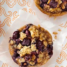Breakfast Blueberry-Oatmeal Cakes: can sub in just egg whites and almond or coconut milk. 2 muffins =1 serving