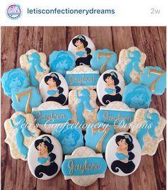 ✨💙Princess Jasmine💙✨ via Jasmine Birthday Cake, Aladdin Birthday Party, Aladdin Party, 6th Birthday Parties, 7th Birthday, Princess Jasmine Party, Princess Cookies, Fondant Cupcake Toppers, Birthday Cookies