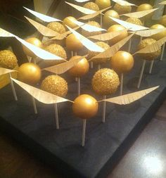 """Harry Potter """"Golden Snitch"""" Cake Pops ~ yes, the wings are edible!"""