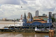 Mercado Ver o Peso       Adoro visitar cidades com identidade própria e Belém do Pará é uma delas porque não perdeu a caracteristica colo...