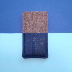 c2d421cf77c69 Es gibt zwei neue Handytaschen im Shop  in kräftigem Royalblau und zartem  Hellrosa mit leichtem