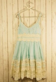 Boho Style - Mint Lace Dress - Retro, Indie and Unique Fashion Unique Fashion, Look Fashion, Womens Fashion, Dress Fashion, Fashion Shoes, Whimsical Fashion, Fashion Clothes, High Fashion, Pretty Outfits