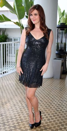 Actress Sara Rue attends the 11th Annual Paul Mitchell Schools' 2014 FUNraising Gala at The Beverly Hilton Hotel on May 4, 2014 in Beverly Hills, California. Description from gettyimages.com. I searched for this on bing.com/images