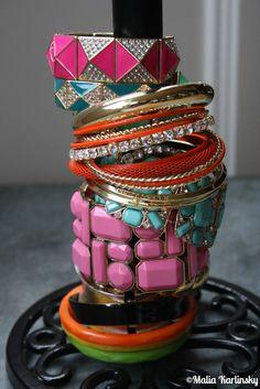 Bracelet Organization - Use a paper towel holder to organize your bracelets