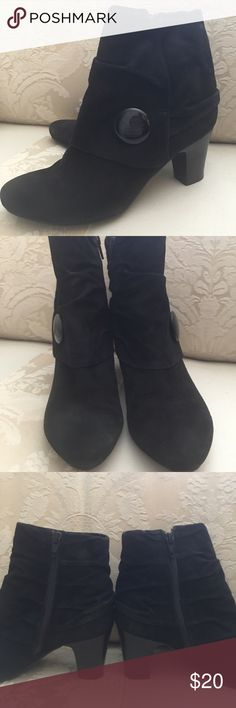 Ankle boots. SZ 7.  Excellent. 2 1/2 inch heels Black suede ankle boots. 2 1/2 inch heels.  Side zipper. Make me an offer. I can't wear heels anymore. Super cute. Ditto by Van Eli Shoes Ankle Boots & Booties