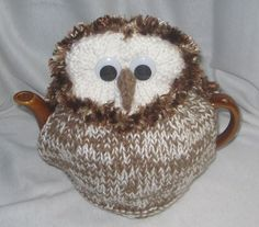 Barn Owl Tea Cosy KNITTING PATTERN downloadable by RianAnderson