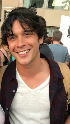 Bob Morley aka Bellamy Blake from the How can you not love this man's Smile! The 100 Show, The 100 Cast, Bob Morley, The 100 Serie, Bellamy The 100, Eliza Taylor, Alycia Debnam Carey, Netflix, Bellarke