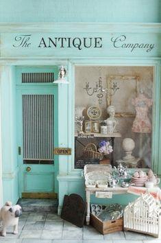 Portobello Antiques. Miniature antique shop