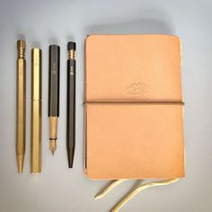 NOMADO store: bags, stationery and accessories for modern nomads. Rugged Style, Pens And Pencils, Leather Art, Writing Instruments, Leather Journal, Journal Notebook, Material Design, Travelers Notebook, Fountain Pen