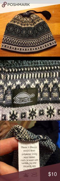 Turtle fur beanie Brand new 100% wool beanie turtle fur ...