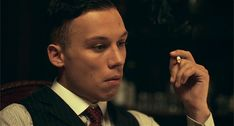 p: finn cole Michael Peaky Blinders, Paul Anderson Peaky Blinders, Peaky Blinders Series, Finn Cole, Joe Cole, Gangsters, Animal Kingdom Tnt, Shelby Brothers, Alfie Solomons