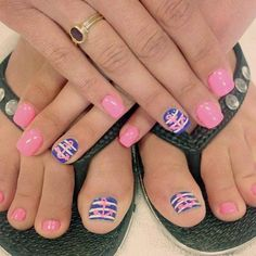 Learn How To Do Manicure and Pedicure In No Time ❤ Candy Pink Manicure and Pedicure picture 3 ❤ We suggest to learn how to achieve that perfect look at home. Beach Toe Nails, Cute Toe Nails, Summer Toe Nails, My Nails, Summer Pedicures, Pink Toe Nails, Pedicure Nail Art, Toe Nail Art, Manicure And Pedicure