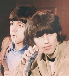 Paul McCartney and George Harrison (very adorable to say the least ;0)