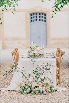 French Chateau Tablesetting | Image by Morgane Ball Photography French Wedding Style, Wedding Decorations, Table Decorations, Renaissance Fashion, French Chateau, Groom Outfit, Real Couples, Simple Weddings, Newlyweds