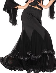 Ballroom dancing is a very popular dancing form but its quite difficult to dance in a ballroom dancing dress if you are a newbie at ballroom dancing. Ballroom dance practice wears gives you the best training on what to wear when preparing for a ballroom dance.